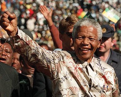 Dünya Barışının Bilge Lideri Mandela 100 Yaşında